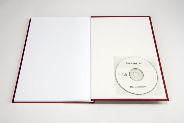 Hardcover rot mit eingeklebter CD Hülle
