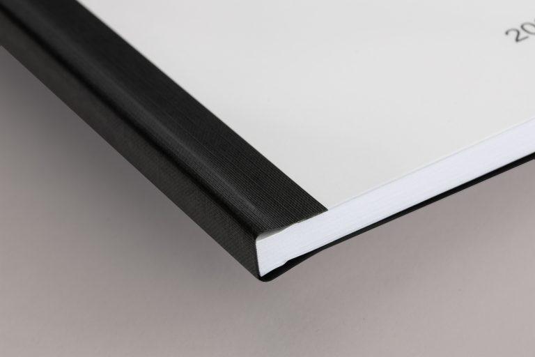 Softcover schwarz Ecke